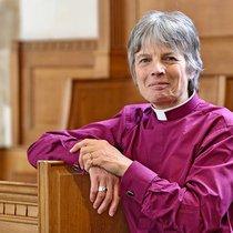 Bishop cherrry enthronement-5.jpg