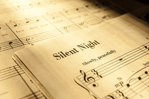 silen night.jpg